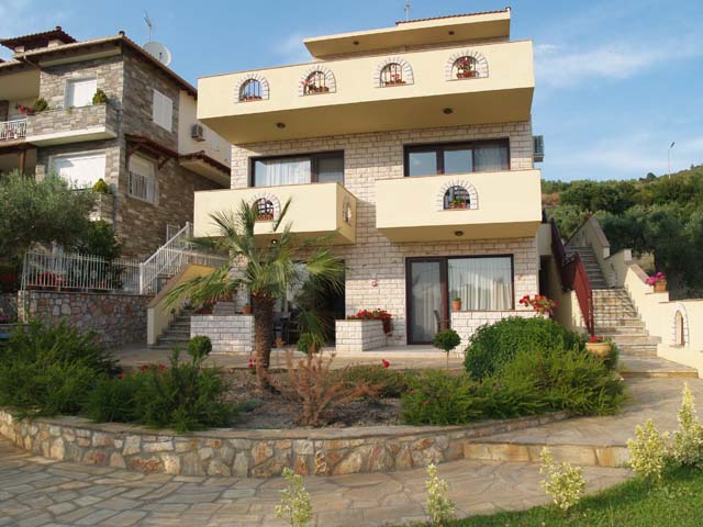 Villa, Apartments in Neos Marmaras, Sithonia, Halikidiki , Greece